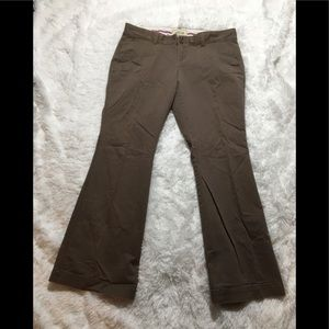 Women's Old Navy SUPERFLARE Khakis Size 14